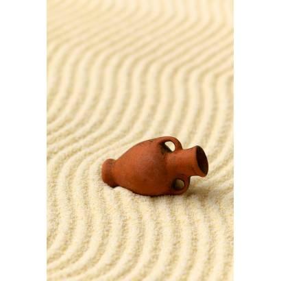 Фотообои Кувшин на песке | арт.10497