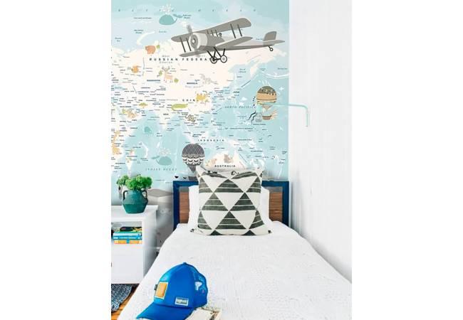 фото №1 - фотообои в интереьере Карта с аэропланами - каталог: Детские обои и карты | арт.14463
